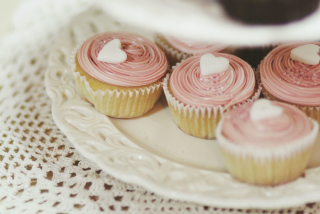 Hearty Cupcake Wallpaper for Android, iPhone and iPad