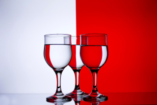 Red White Stemwares - Obrázkek zdarma pro Sony Xperia E1
