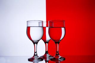 Red White Stemwares - Obrázkek zdarma pro Nokia Asha 205