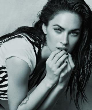 Always Hot Megan Fox - Obrázkek zdarma pro Nokia Asha 203