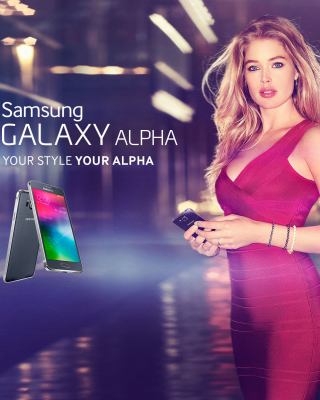 Samsung Galaxy Alpha Advertisement with Doutzen Kroes - Obrázkek zdarma pro 128x160