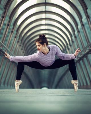 Ballerina - Obrázkek zdarma pro Nokia Asha 503