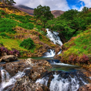 Snowdonia National Park in north Wales - Obrázkek zdarma pro iPad