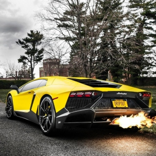Lamborghini Aventador LP720 4 - Obrázkek zdarma pro iPad 2