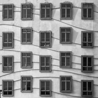 Windows Geometry on Dancing House - Obrázkek zdarma pro 2048x2048