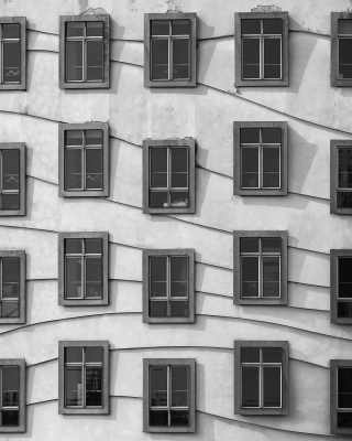 Windows Geometry on Dancing House - Obrázkek zdarma pro 128x160