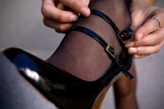 Girls Stockings - Obrázkek zdarma pro 320x240