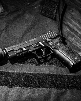 Pistol SigSauer P226 - Obrázkek zdarma pro iPhone 4S