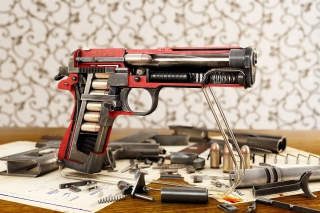 M1911 Pistol Colt-Browning - Obrázkek zdarma pro Samsung Galaxy Tab 4G LTE