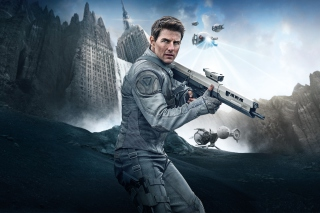 Tom Cruise In Oblivion Picture for Android, iPhone and iPad