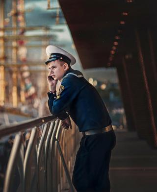 Young Sailor In Uniform - Obrázkek zdarma pro Nokia X7