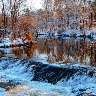 Winter Stream - Obrázkek zdarma pro iPad mini