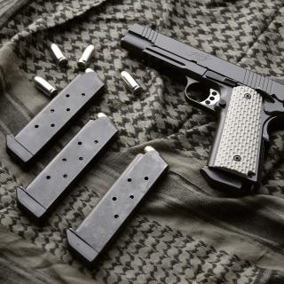 Colt Automatic Pistol M1911 - Obrázkek zdarma pro iPad Air