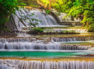 Waterfall - Obrázkek zdarma pro LG Optimus L9 P760