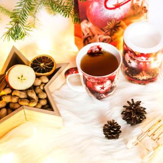 Christmas Tree Ornaments - Obrázkek zdarma pro 208x208