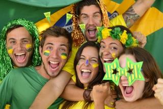 Brazil FIFA Football Fans - Obrázkek zdarma pro 176x144