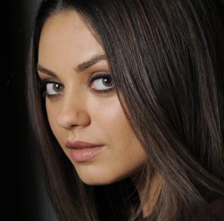 Mila Kunis - Obrázkek zdarma pro 1024x1024