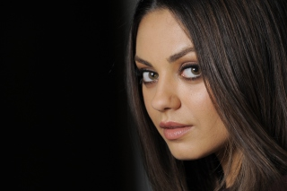 Mila Kunis Background for Android, iPhone and iPad