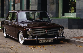 Retro Car VAZ 2101 Background for Android, iPhone and iPad