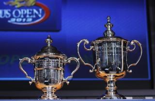 US Open Trophy Tennis - Obrázkek zdarma pro Samsung Galaxy Note 2 N7100