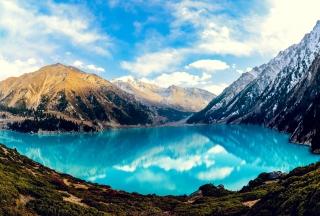 Big Mountain Lake - Obrázkek zdarma pro Widescreen Desktop PC 1680x1050