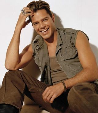 Ricky Martin - Obrázkek zdarma pro 240x432