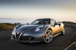 Alfa Romeo 4C - Obrázkek zdarma pro Fullscreen Desktop 1280x960