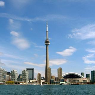 CN Tower in Toronto, Ontario, Canada - Obrázkek zdarma pro iPad 2