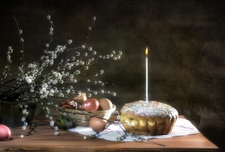 Easter Cake With Candle Picture for Android, iPhone and iPad