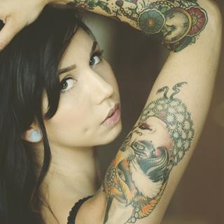 Tattooed Girl - Obrázkek zdarma pro 128x128