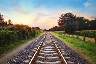Scenic Railroad Track - Obrázkek zdarma pro Motorola DROID
