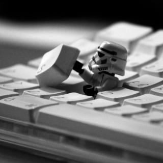 Keyboard Soldier - Obrázkek zdarma pro 320x320