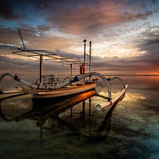 Landscape with Boat in Ocean - Obrázkek zdarma pro iPad 2
