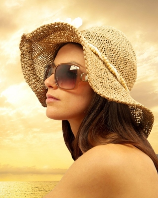 Romantic Girl near Sea - Obrázkek zdarma pro Nokia Lumia 505