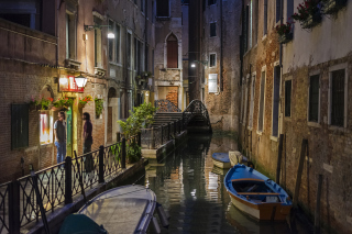 Venice Canal Background for Android, iPhone and iPad