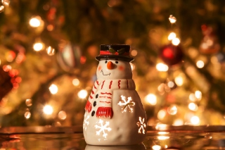 Christmas Snowman Candle Wallpaper for Android, iPhone and iPad
