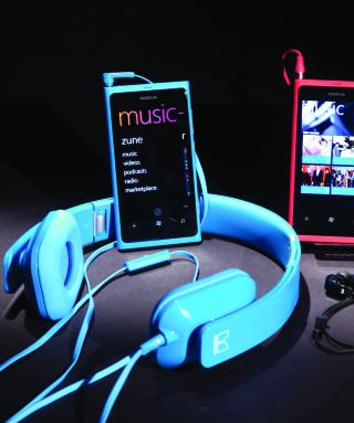 Nokia Lumia 800 - Windows Phone - Obrázkek zdarma pro iPhone 4S