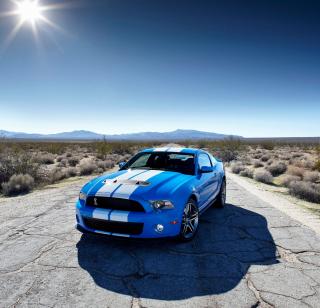 Blue Ford Mustang GT - Obrázkek zdarma pro iPad mini 2