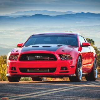 Ford Mustang - Obrázkek zdarma pro 2048x2048