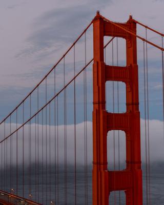 Golden Gate Bridge in Fog - Fondos de pantalla gratis para Nokia 5230
