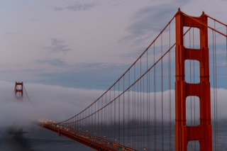 Free Golden Gate Bridge in Fog Picture for Android, iPhone and iPad