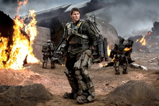 Free Edge Of Tomorrow With Tom Cruise Picture for Android, iPhone and iPad