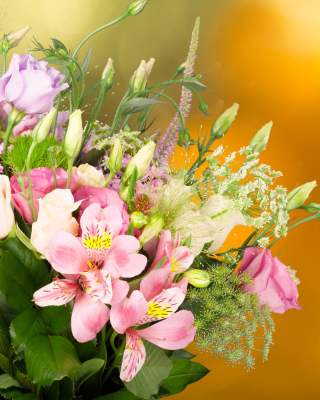 Bouquet of iris flowers - Obrázkek zdarma pro Nokia C1-02