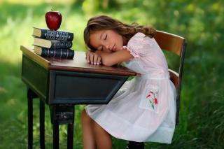 Kid at School - Obrázkek zdarma pro Samsung Galaxy Note 4