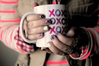 Xoxo Cup Background for Android, iPhone and iPad