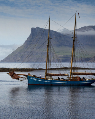 Bay Faroe Islands, Denmark - Obrázkek zdarma pro 360x480