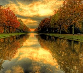 Autumn Channel - Obrázkek zdarma pro iPad Air