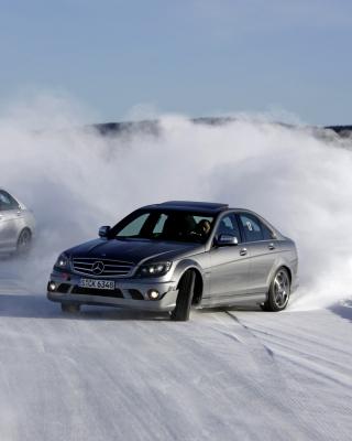 Mercedes Snow Drift - Obrázkek zdarma pro Nokia Asha 303
