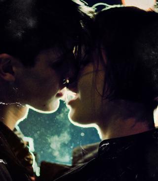 Kiss Of Love - Obrázkek zdarma pro iPhone 4