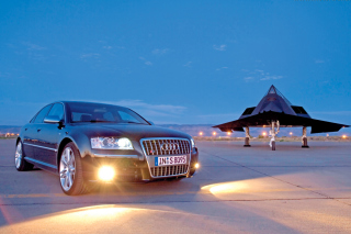 Audi S8 Front Three Quarter Picture for Android, iPhone and iPad